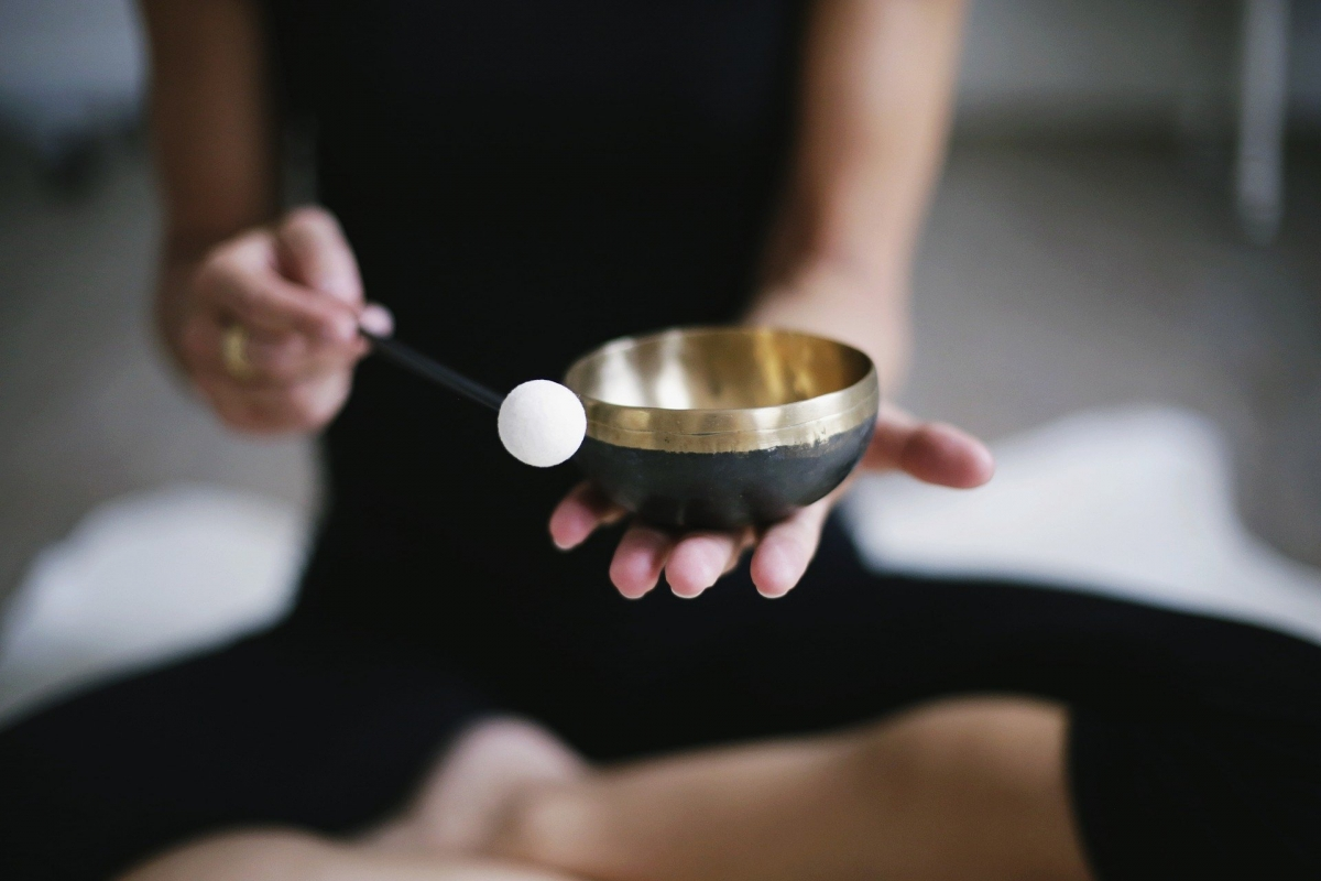 https://www.wtcutrecht.nl/wp-content/uploads/2021/06/meditation-3480814_1920.jpeg