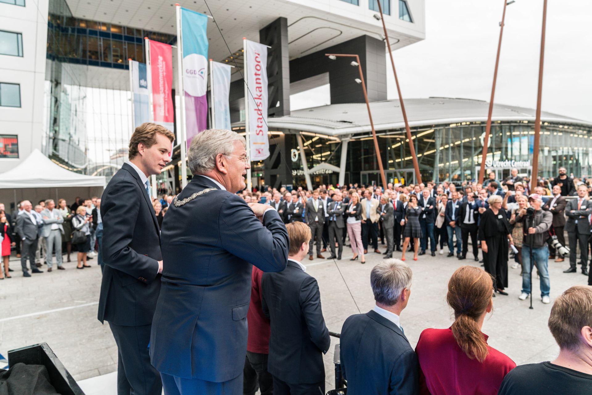 https://www.wtcutrecht.nl/wp-content/uploads/2021/08/Opening_WTC_Utrecht_1.jpeg
